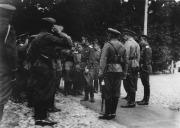 ο τσάρος Νικόλας ΙΙ επιθεωρεί τάγμα του στρατού στη Λευκορωσία