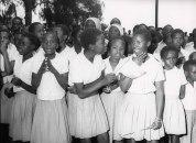 Nakuru, Kenya, Φεβρουάριος 1970. Έξω από το δημαρχείο της πόλης