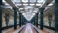 Φωτογραφία από μετρό της Τασκένδης. Φέτος η κυβέρνηση επέτρεψε για πρώτη φορά τη φωτογράφιση σταθμών μετρό.